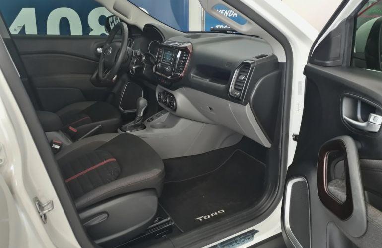Fiat Toro 1.8 Freedom (aut) - Foto #10