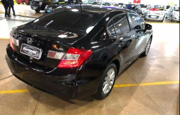 Honda Civic 1.8 LXS 16v - Foto #3