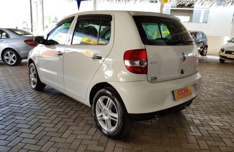 Volkswagen Fox Plus 1.6 8V - Foto #5