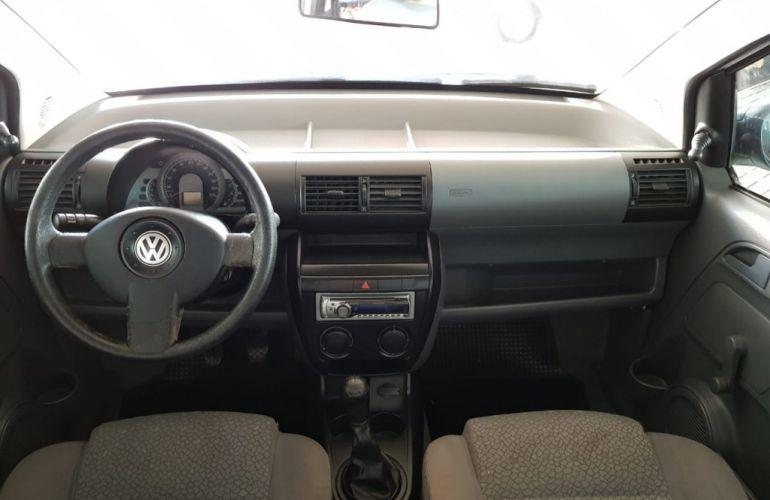Volkswagen Fox Plus 1.6 8V - Foto #7
