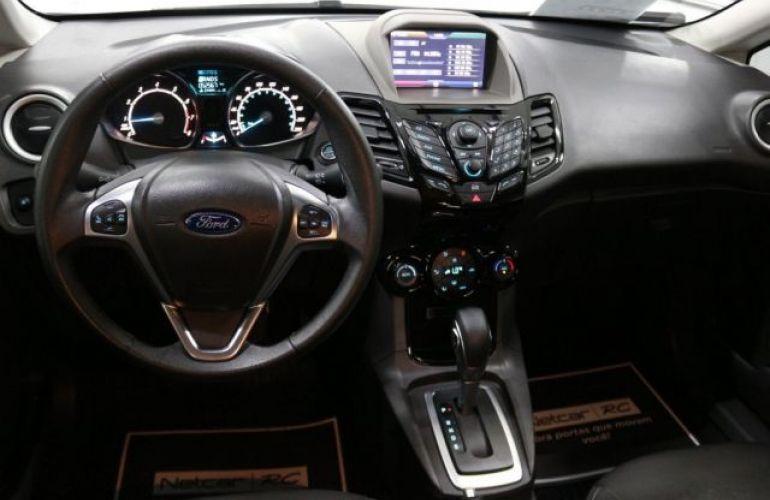 Ford Fiesta Sedan SE 1.6 - Foto #9