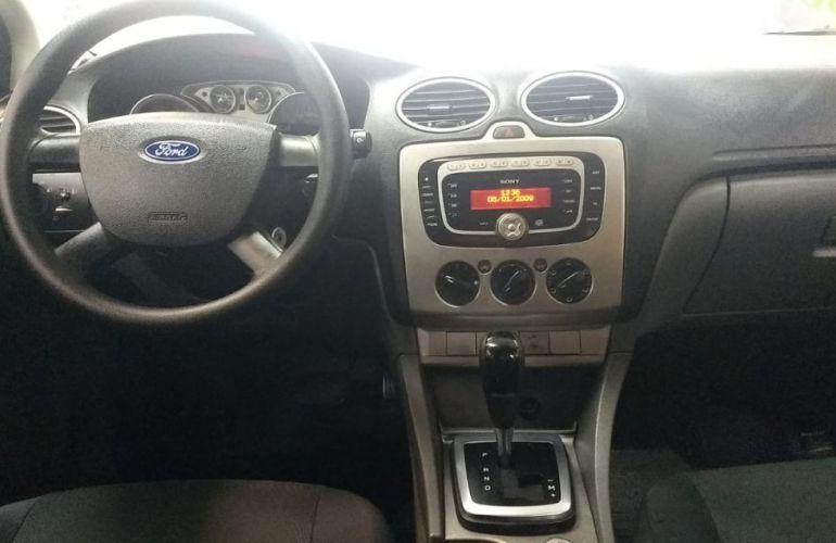 Ford Focus 2.0 Glx Sedan 16v - Foto #7