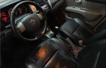 Nissan Livina 1.6 SL 16V Flex 4p Manual - Foto #6