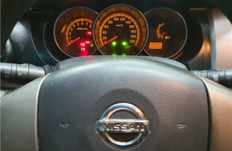 Nissan Livina 1.6 SL 16V Flex 4p Manual - Foto #7