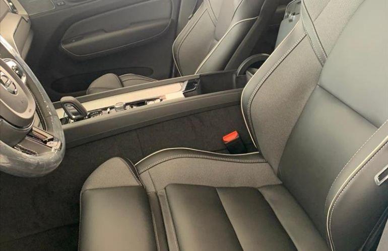 Volvo XC60 2.0 T8 Hybrid R-design AWD Geartronic - Foto #9