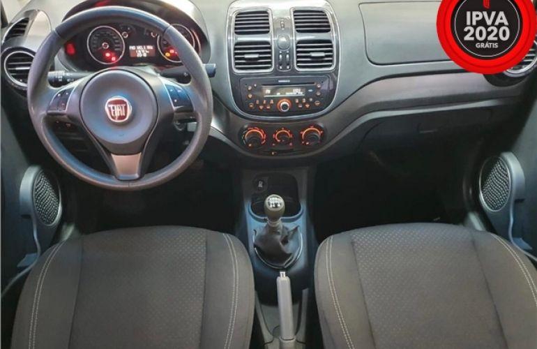 Fiat Grand Siena 1.4 MPi Attractive 8V Flex 4p Manual - Foto #2