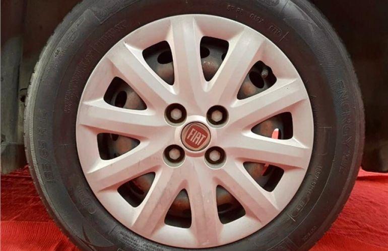 Fiat Grand Siena 1.4 MPi Attractive 8V Flex 4p Manual - Foto #5
