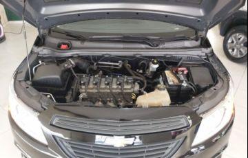 Chevrolet Prisma Joy 1.0 VHCE 8V Flexpower - Foto #6