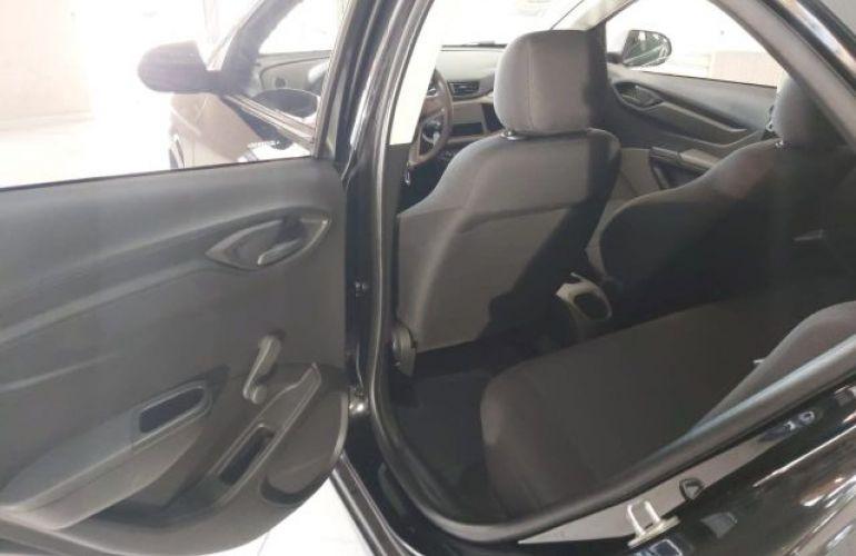 Chevrolet Prisma Joy 1.0 VHCE 8V Flexpower - Foto #8
