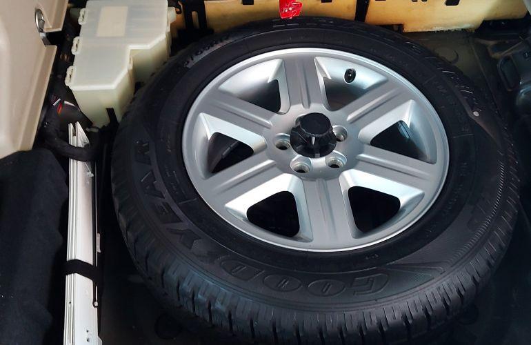 Land Rover Freelander 2 S 3.2 I6 - Foto #3