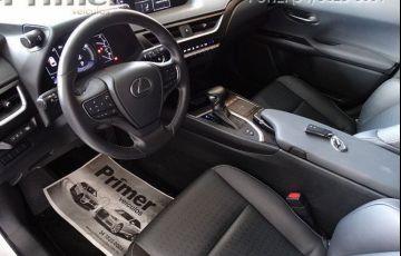 Lexus UX 250H Dynamic hybrid - Foto #6