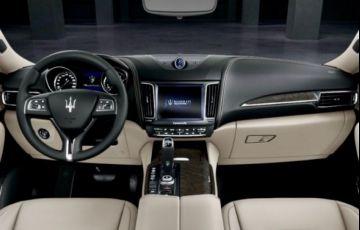 Maserati Levante Q4 3.0 V6 TURBO Aut. - Foto #2