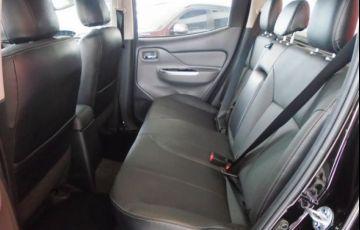 Mitsubishi L200 Triton Outdoor HPE-S 2.4 4X4 - Foto #9
