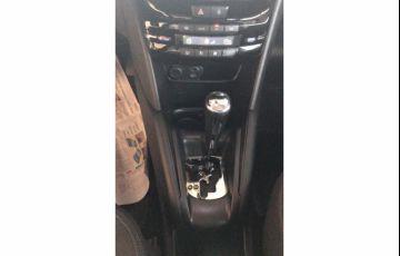 Peugeot 208 1.6 Griffe (Aut) - Foto #10