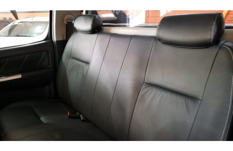 Toyota Hilux 3.0 TDI SRV Limited CD 4x4 - Foto #10