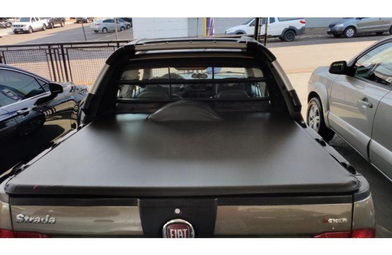 Fiat Strada Adventure Locker 1.8 8V (Flex) (Cabine Dupla) - Foto #4