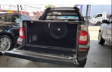 Fiat Strada Adventure Locker 1.8 8V (Flex) (Cabine Dupla) - Foto #6
