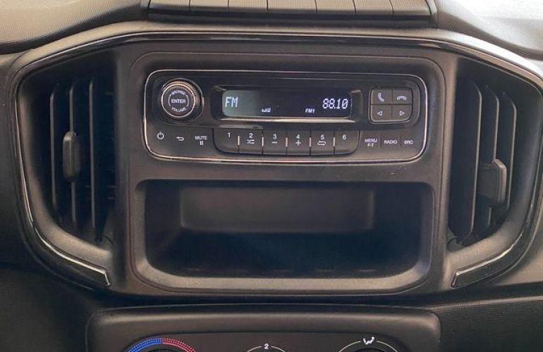 Fiat Strada FREEDOM CABINE DUPLA 1.3 - Foto #5
