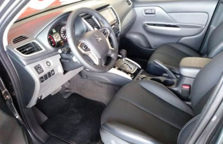 Mitsubishi L200 Triton Outdoor HPE-S 2.4 4X4 - Foto #8
