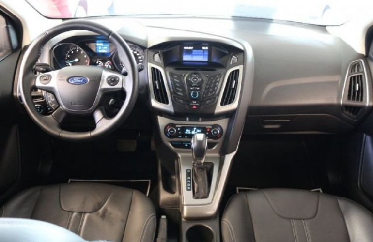 Ford Focus SE Plus 2.0 16V Flex - Foto #8