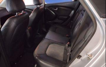 Hyundai ix35 2.0 GLS Básico - Foto #4