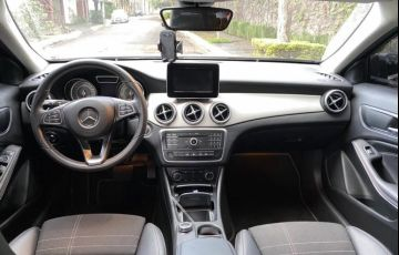 Mercedes-Benz GLA 200 Advance - Foto #6