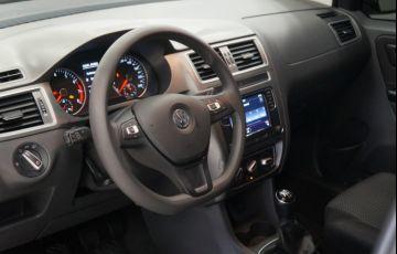 Volkswagen Fox 1.6 MSI Connect (Flex) - Foto #9
