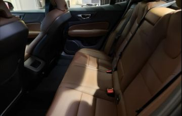 Volvo S60 2.0 T4 Momentum - Foto #8