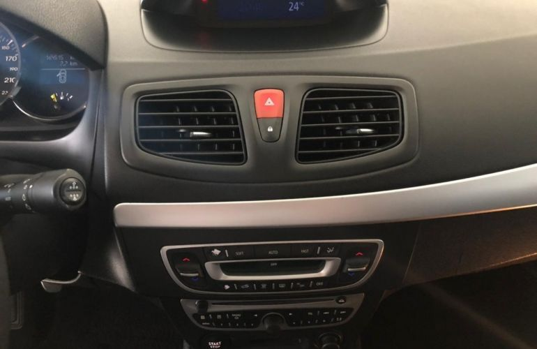 Renault Fluence 2.0 16V Dynamique (Flex) - Foto #10