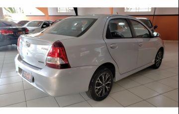 Toyota Etios Sedan Platinum 1.5 (Flex) (Aut) - Foto #5