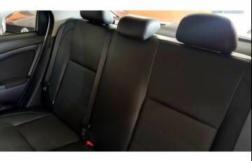 Toyota Etios Sedan Platinum 1.5 (Flex) (Aut) - Foto #9