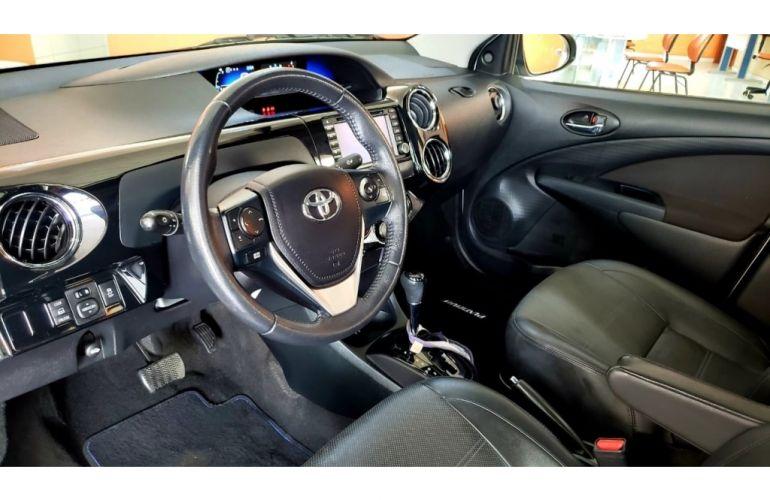 Toyota Etios Sedan Platinum 1.5 (Flex) (Aut) - Foto #10