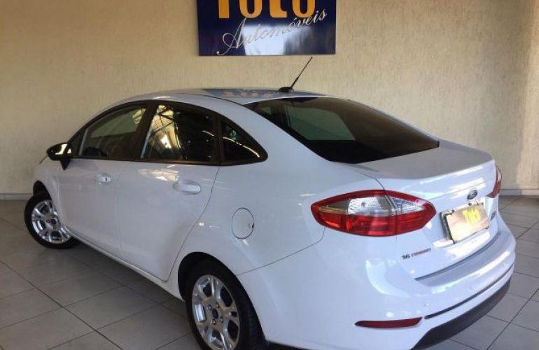 Ford Fiesta Sedan SE PowerShift 1.6 - Foto #4