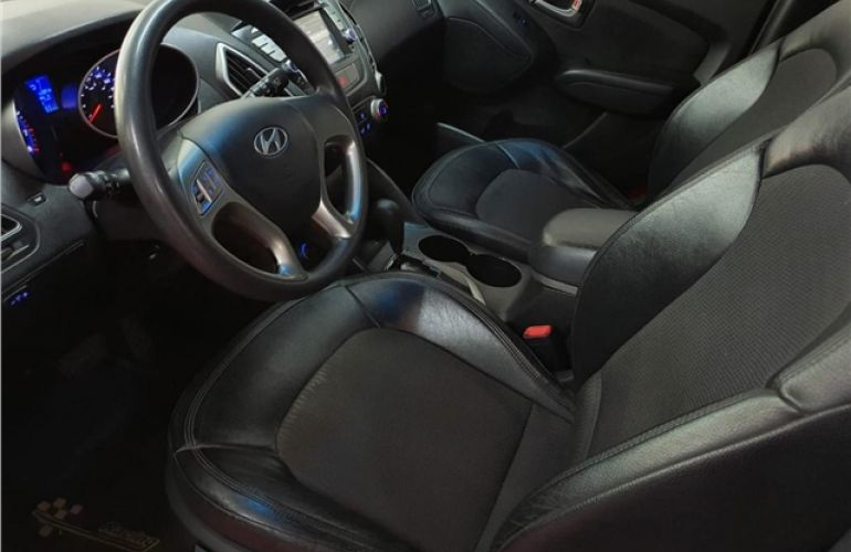 Hyundai Ix35 2.0 MPFi GLS 4x2 16V Gasolina 4p Automático - Foto #6