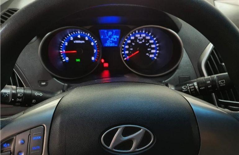 Hyundai Ix35 2.0 MPFi GLS 4x2 16V Gasolina 4p Automático - Foto #7