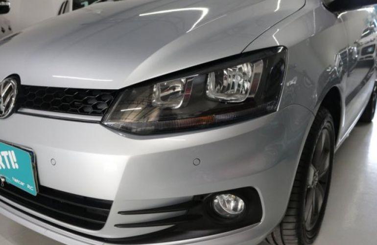 Volkswagen Fox Run 1.6 Total Flex - Foto #2