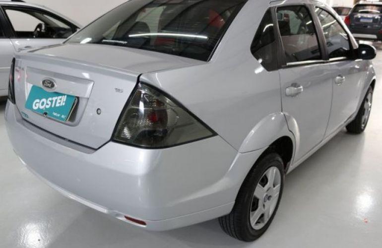Ford Fiesta Sedan 1.6 MPI 8V Flex - Foto #4