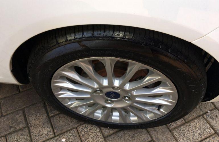 Ford New Fiesta Sedan 1.6 Titanium (Aut) (Flex) - Foto #6