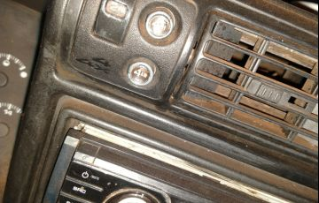 Chevrolet S10 4x4 2.8  (nova série) (Cab Simples) - Foto #8