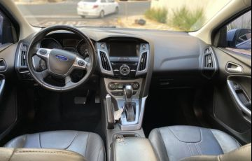 Ford Focus Sedan Titanium 2.0 16V PowerShift - Foto #7