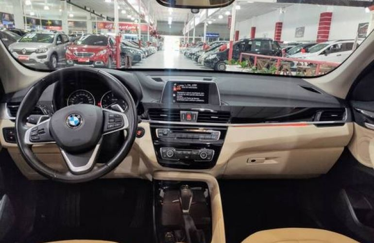 BMW X1 2.0 16V Turbo Sdrive20i X-line - Foto #9