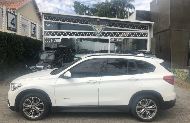 BMW X1 2.0 16V Turbo Sdrive20i - Foto #1