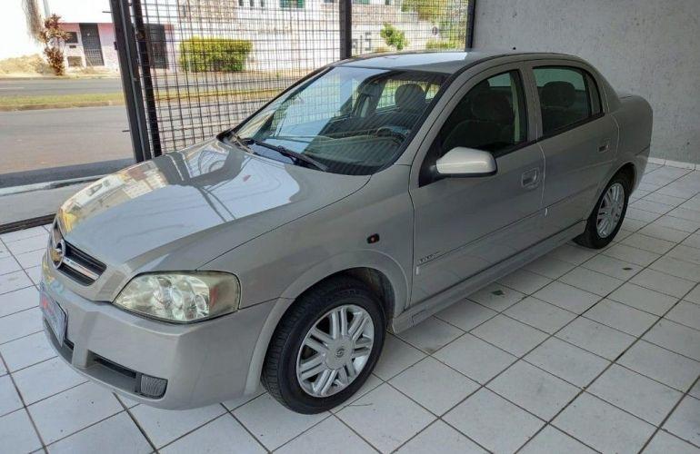 Chevrolet Astra 2.0 MPFi Elegance 8v - Foto #2