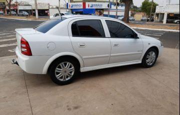 Chevrolet Astra 2.0 MPFi Elegance Sedan 8v - Foto #7
