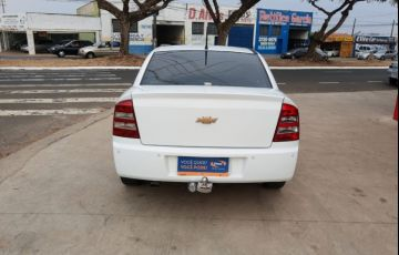 Chevrolet Astra 2.0 MPFi Elegance Sedan 8v - Foto #10