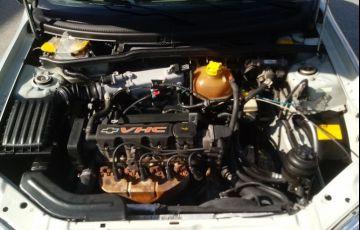 Chevrolet Classic 1.0 MPFi Spirit 8v - Foto #5