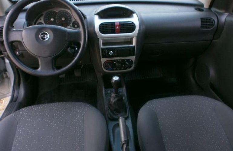 Chevrolet Corsa 1.4 MPFi Premium Sedan 8v - Foto #8