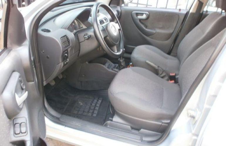 Chevrolet Corsa 1.4 MPFi Premium Sedan 8v - Foto #10