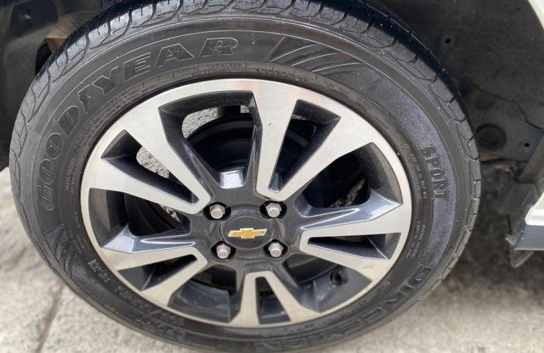 Chevrolet Onix 1.4 MPFi LTZ 8v - Foto #4