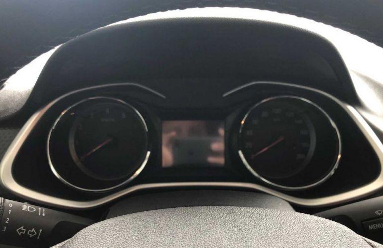 Chevrolet Onix 1.0 Turbo Plus - Foto #4